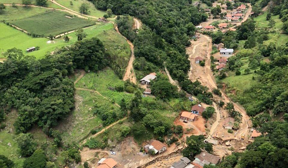 Defesa Civil de Rio do Sul alerta sobre perigo de desmoronamento de terra