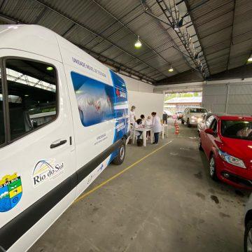 10% da população de Rio do Sul recebeu a primeira dose da vacina contra coronavírus