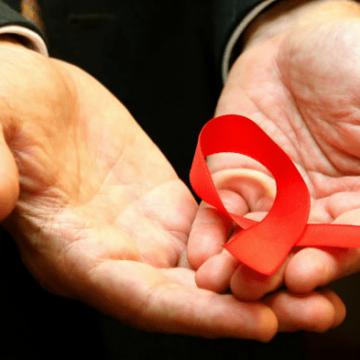Mês de dezembro traz alerta para as ações envolvendo o combate ao preconceito em torno da AIDS/HIV