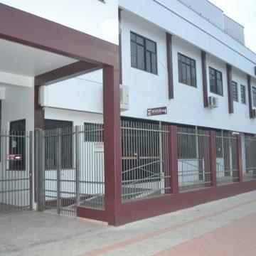39 estudantes do terceiro ano do ensino médio do Colégio Sinodal Ruy Barbosa vão receber os certificados por drive thru