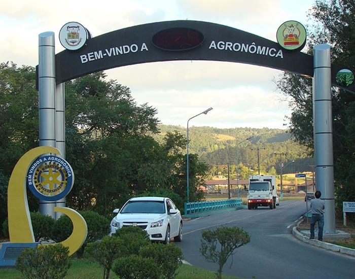 Poder executivo e entidades discutem implantação de área industrial em Agronômica