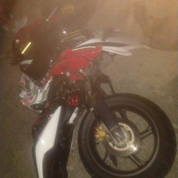 Jovem morre após acidente entre caminhonete e moto, em Trombudo Central