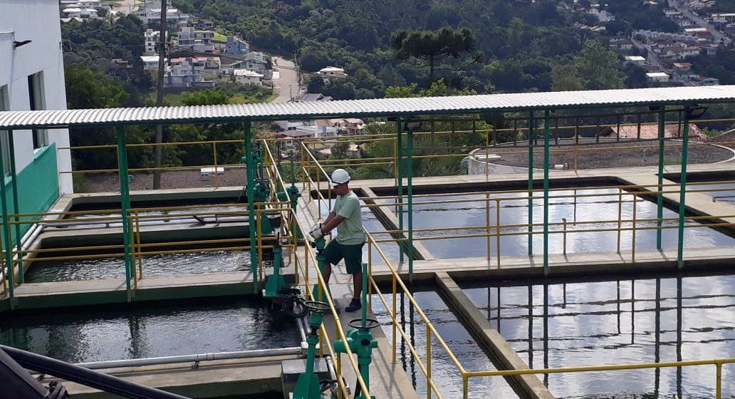 Com obras no sistema, Casan pede que a população continue economizando água