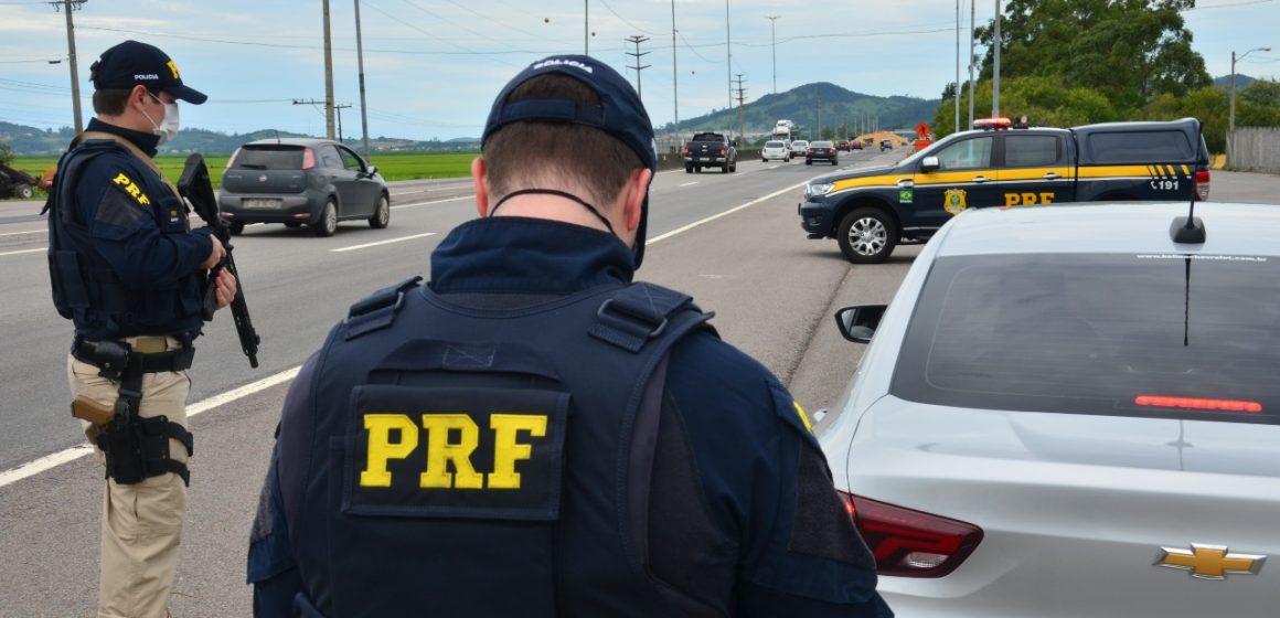 PRF realiza Operação Carnaval em trecho da BR-470, no Alto Vale