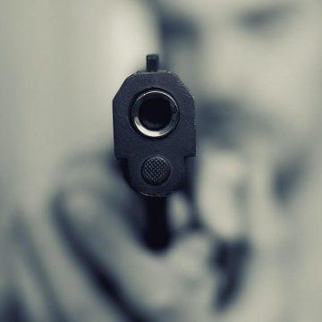 Homem é preso após agredir e ameaçar ex-mulher com revólver