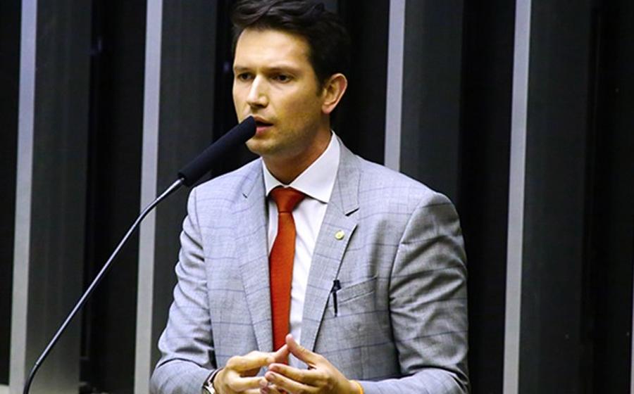 """Com uma plataforma """"Sem Barganha"""", deputado federal destinará quase R$ 900 mil ao Alto Vale"""
