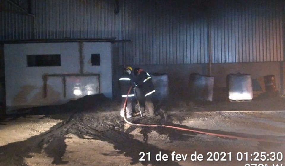 Incêndio atinge depósito de empresa em Lontras
