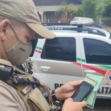 Embriaguez ao volante e desacato à polícia resultam na prisão de homem, em Rio do Sul