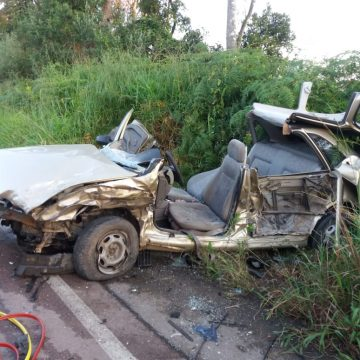Duas pessoas ficam feridas após acidente na SC-110