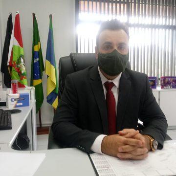 Pessoa contaminada que não cumprir isolamento pode ser condenada por até quatro crimes