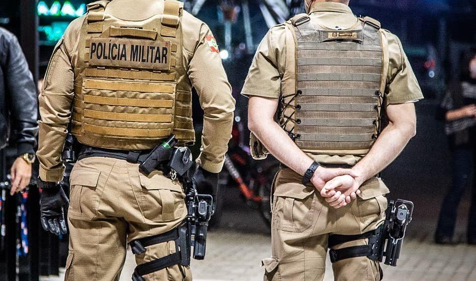 Polícia Militar realiza mais de 200 fiscalizações na noite de sexta-feira