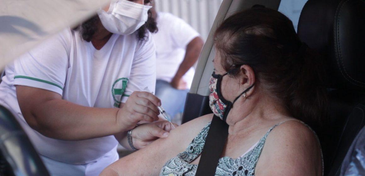 Campanha de Vacinação contra a Gripe entra na fase de imunizar idosos e professores
