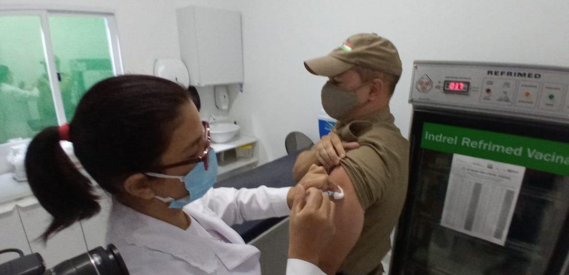 Inicia a imunização, contra a Covid-19, dos agentes da força de segurança
