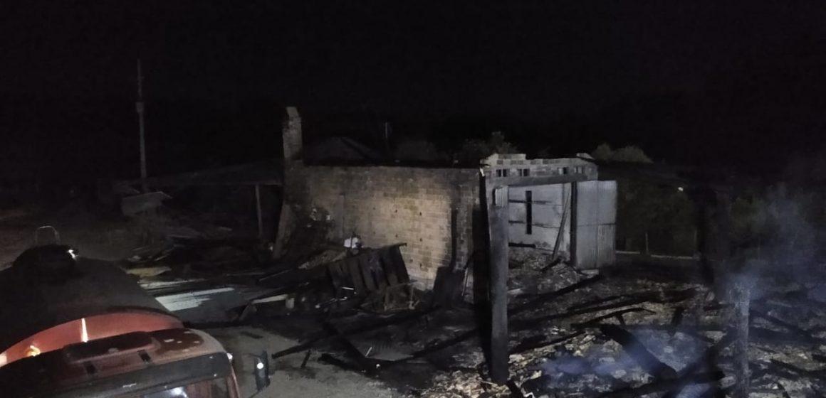 Incêndios provocam estragos em Chapadão do Lageado e Agronômica