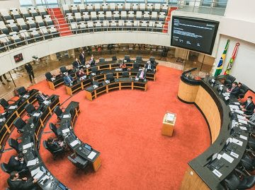Alesc aprova lei que cria Portal da Transparência para escolas públicas de SC
