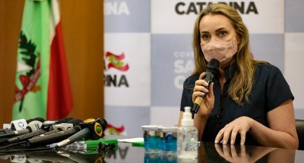 Governadora interina anuncia novos secretários de SC