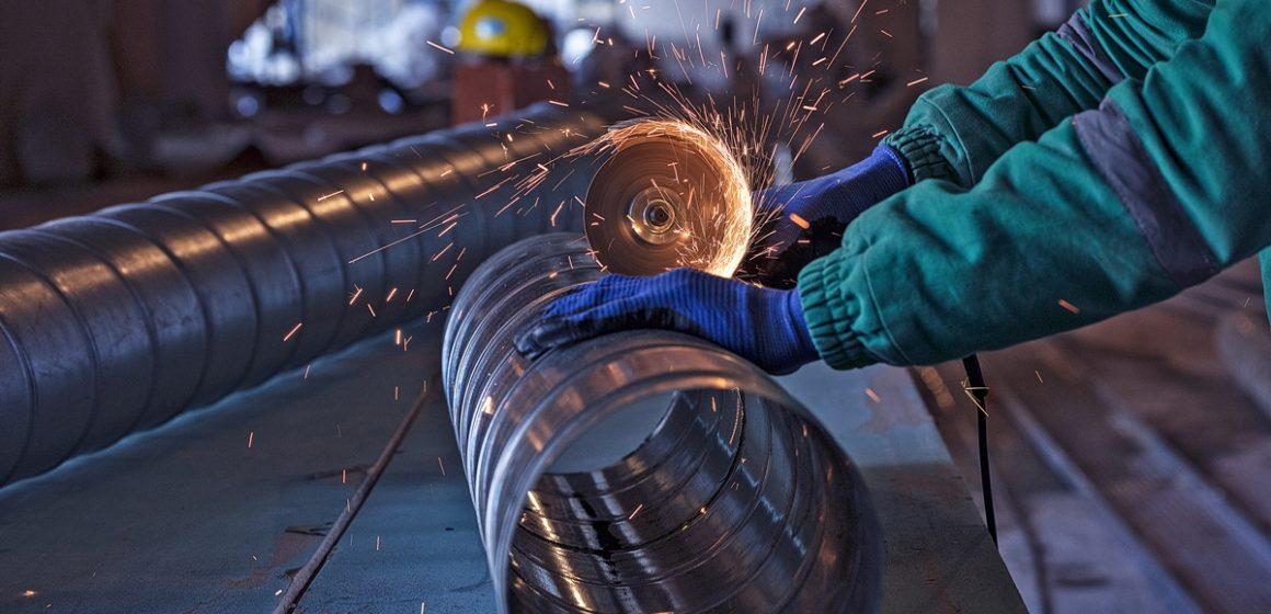 Indústria catarinense apresenta maior crescimento nacional em fevereiro