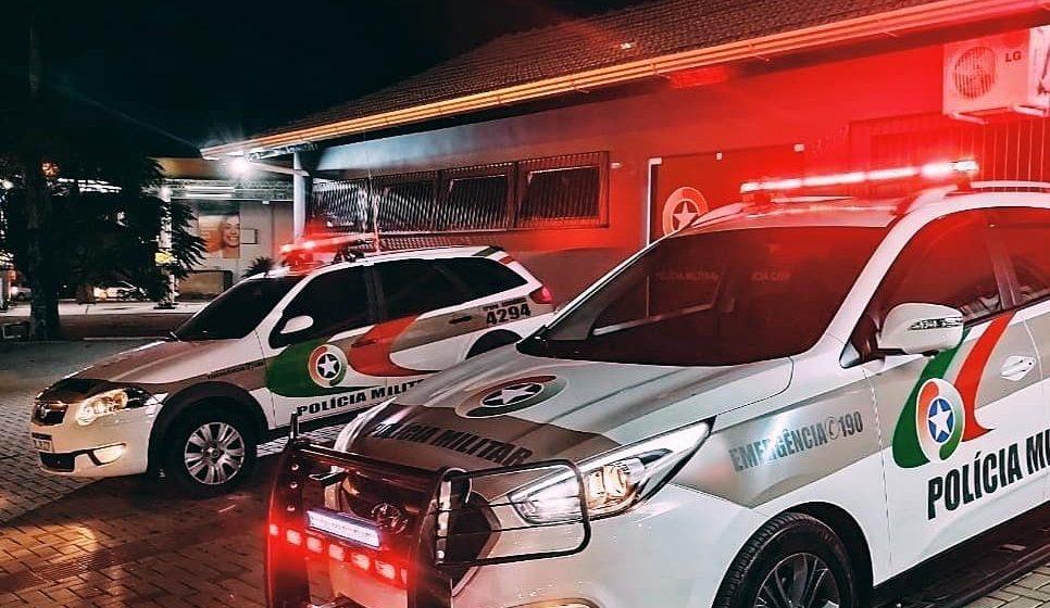 PM fecha bar por descumprimento do Decreto Estadual de enfrentamento à Covid-19