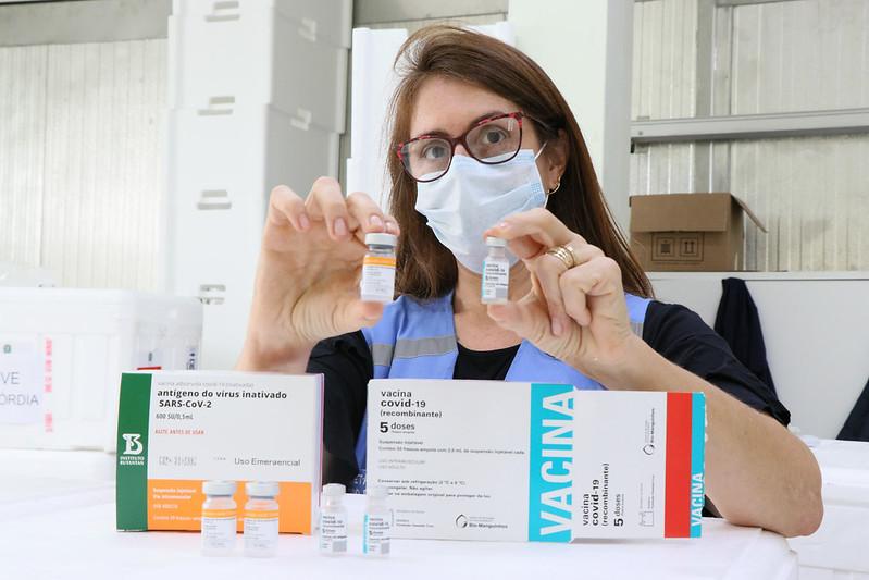Saúde de Rio do Sul aguarda a entrega de 530 doses da vacina contra covid-19 para esta sexta-feira