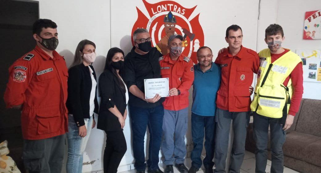 Corpo de Bombeiros Voluntários de Lontras recebe R$ 150 mil para comprar uma viatura