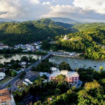 Decisão do STJ impede que prefeituras liberem construções a menos de 30 metros de rios e ribeirões em áreas urbanas