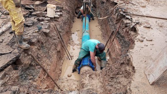 Desativação de rede antiga afeta abastecimento de água no bairro Canoas, em Rio do Sul