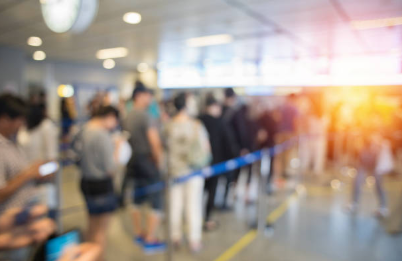 Procon orienta consumidores da capital do Alto Vale a registrar descumprimento de tempo de espera em fila de banco