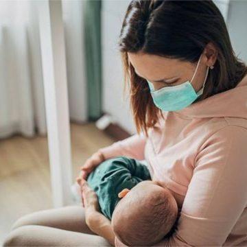 Estado aprova prioridade na vacinação de lactantes e Fiesc cobra imunização dos trabalhadores do setor contra a Covid