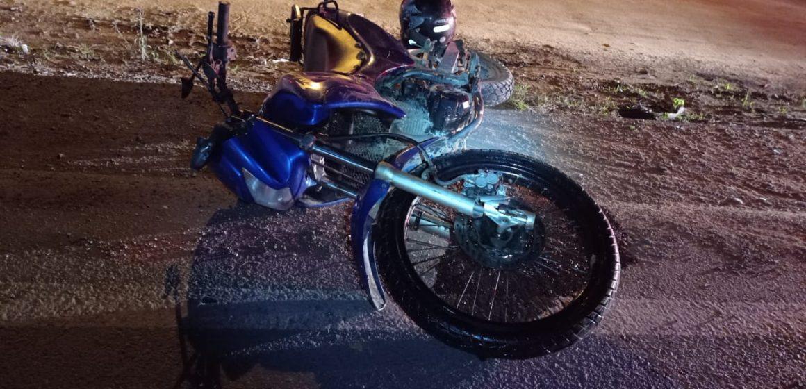 Motociclista embriagado sofre lesões após acidente na BR-470