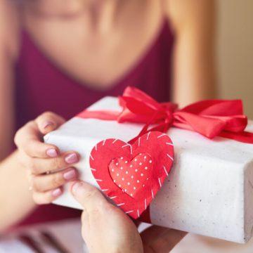 Com boas expectativas de vendas para o dia dos namorados, lojas de RSL ficam abertas até as 17 neste sábado