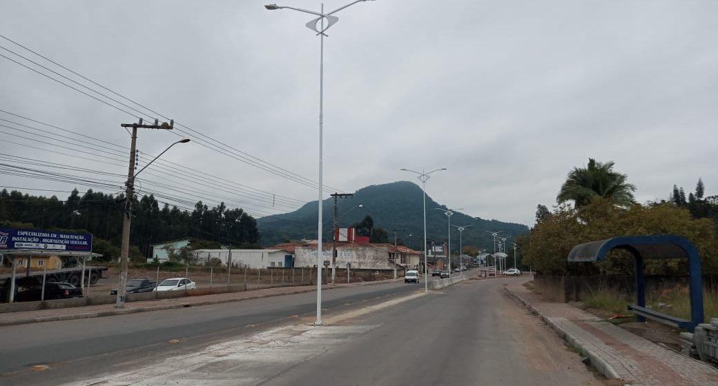Obras de revitalização da Estrada Blumenau, em Rio do Sul, entram em fase final