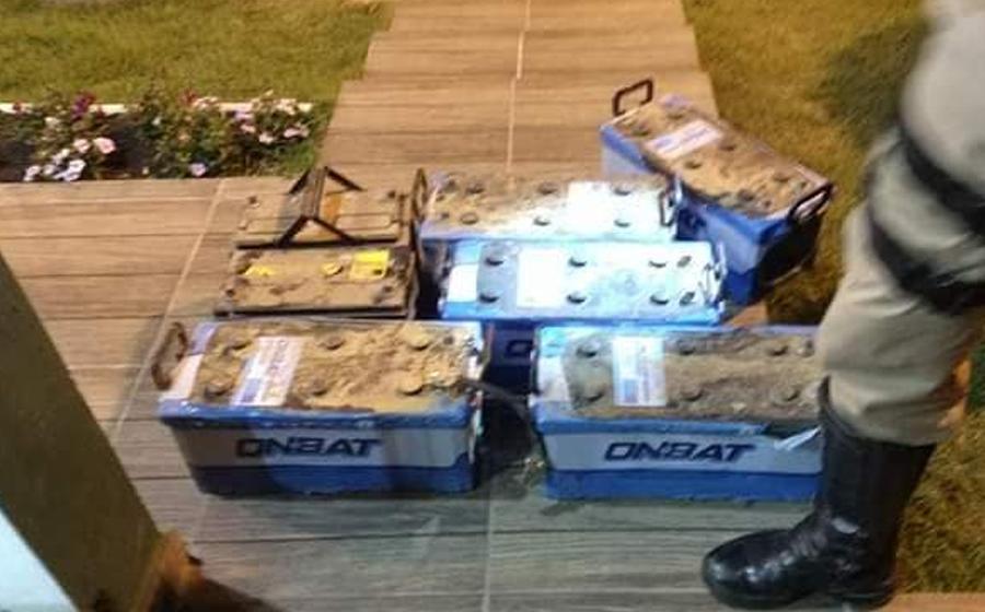 Baterias furtadas, de ônibus escolares de Lontras, são recuperadas em Lages