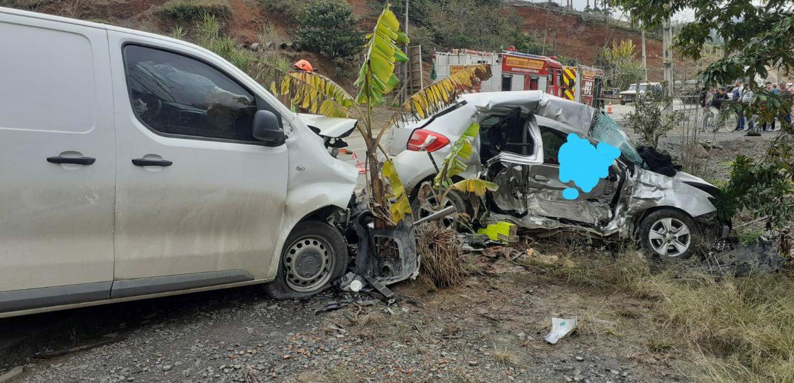 Duas pessoas morrem e quatro ficam feridas após grave acidente na SC-340, em Presidente Getúlio