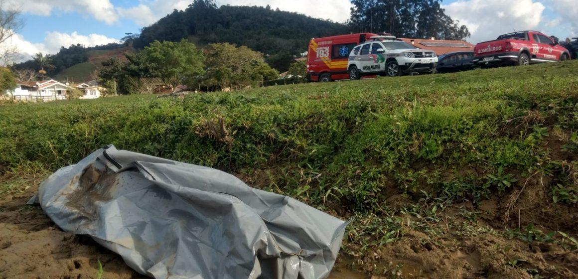 Corpo de homem, de 42 anos, é encontrado no rio Itajaí do Sul