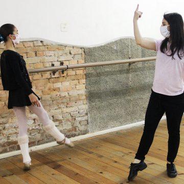 Bolsas de estudo oferecem descontos de até 100% em cursos da Fundação Cultural de Rio de Sul