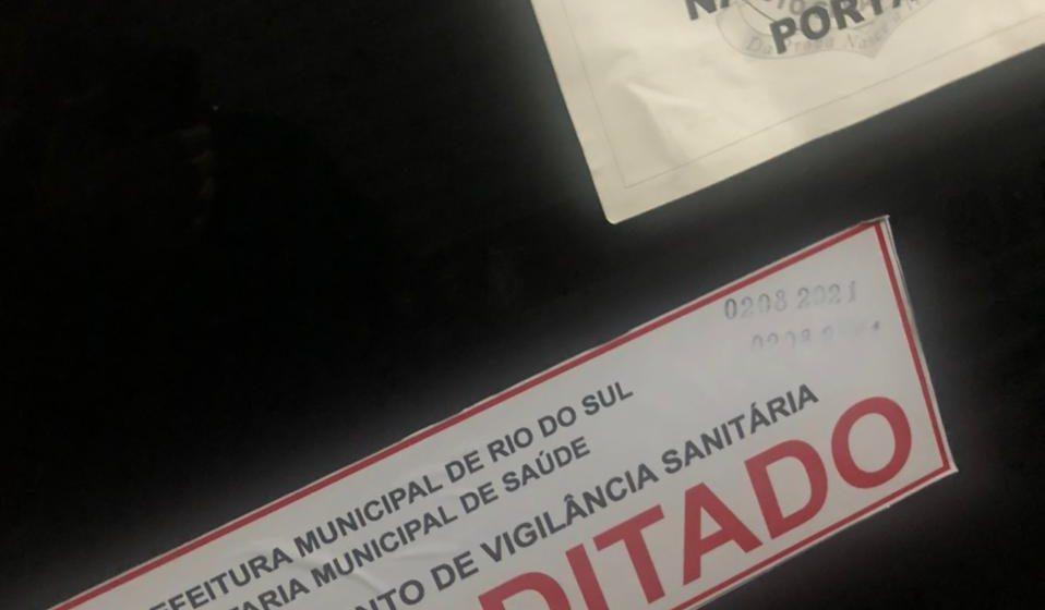 Vigilância Sanitária interdita sala do IML de Rio do Sul