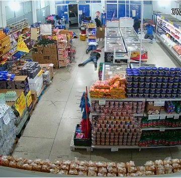 Em Rio do Sul, assaltantes armados invadem loja no fim do expediente de sexta-feira