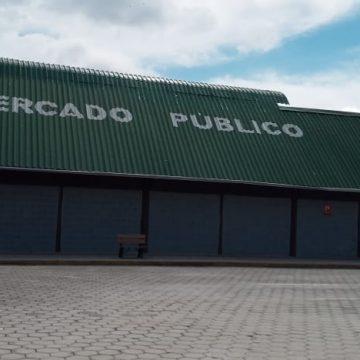 Mercado público de Rio do Sul realiza programação especial em comemoração a um ano de funcionamento