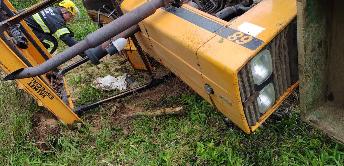 Em terceiro acidente com maquinário agrícola registrado esta semana, idoso morre após tombamento de trator, em Petrolândia