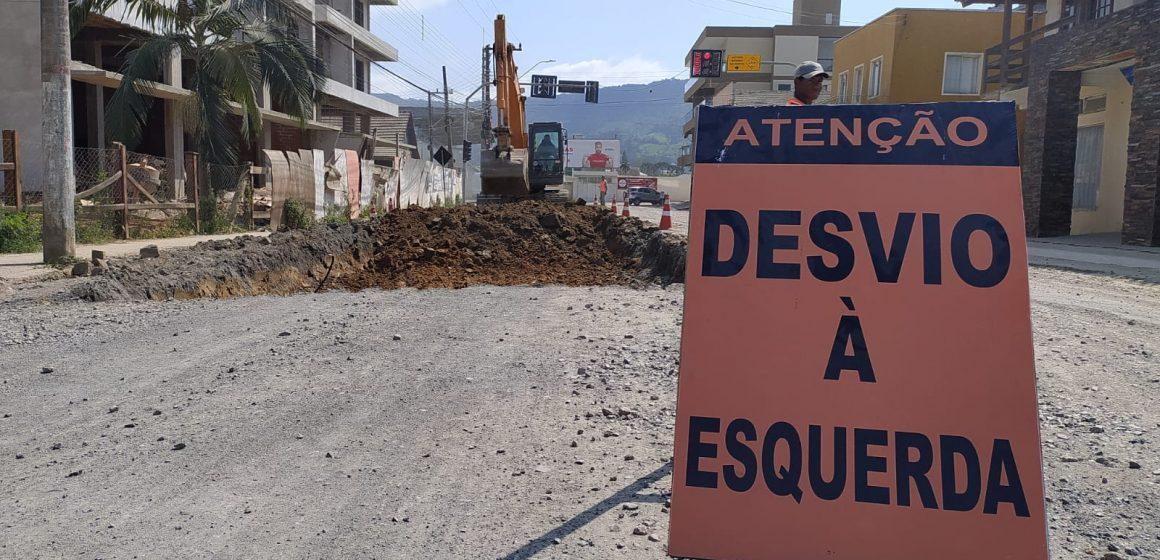 Obras de recapeamento da Rua Princesa Isabel, em Rio do Sul, ainda devem durar mais de 40 dias