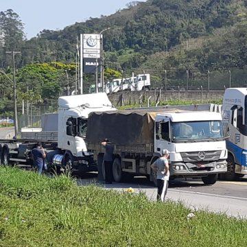 PRF orienta motoristas para cumprimento da Lei do Descanso