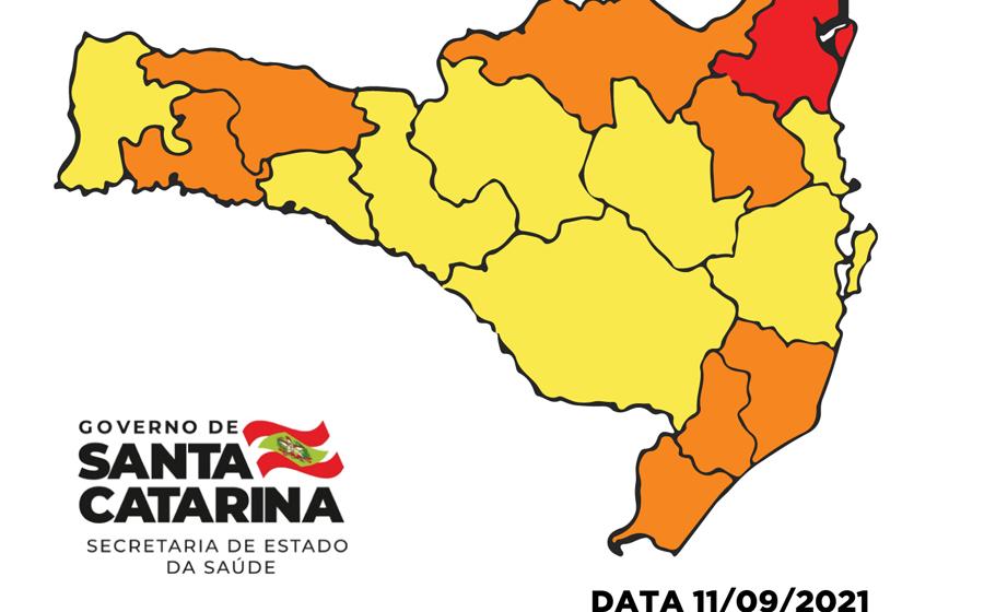 SC recebe R$ 45 milhões para a saúde e mapa de risco apresenta agora apenas uma região no vermelho