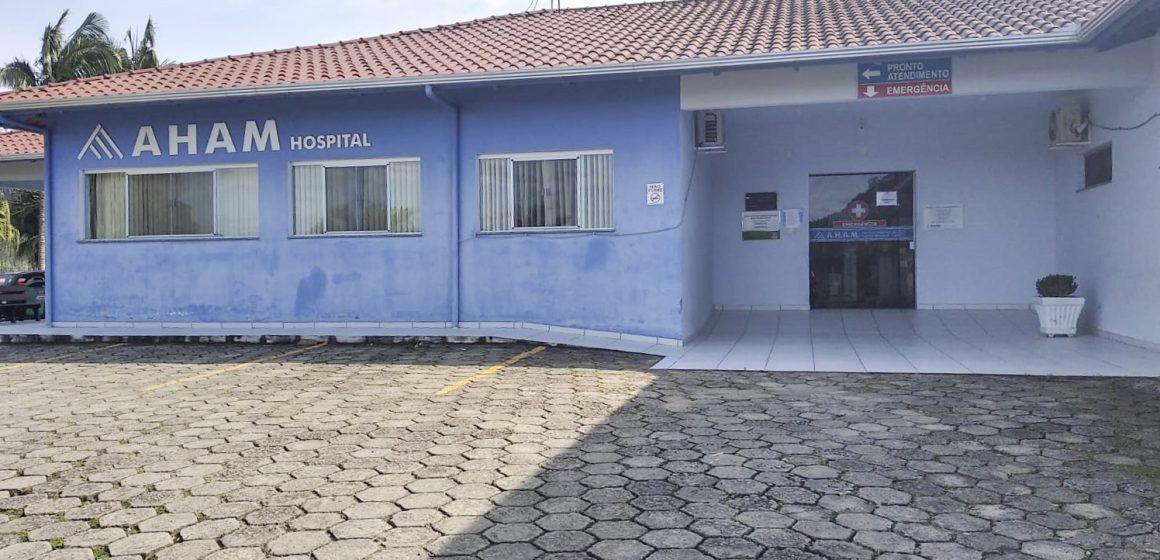 Com atendimento de exigências do CRM, interdição do hospital de Vitor Meireles será encerrada nesta semana