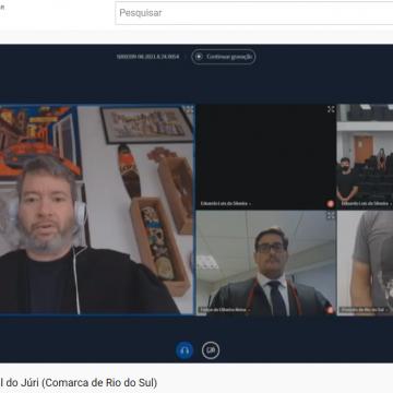 Comarca de Rio do Sul transmite sessão de júri pela primeira vez no Youtube