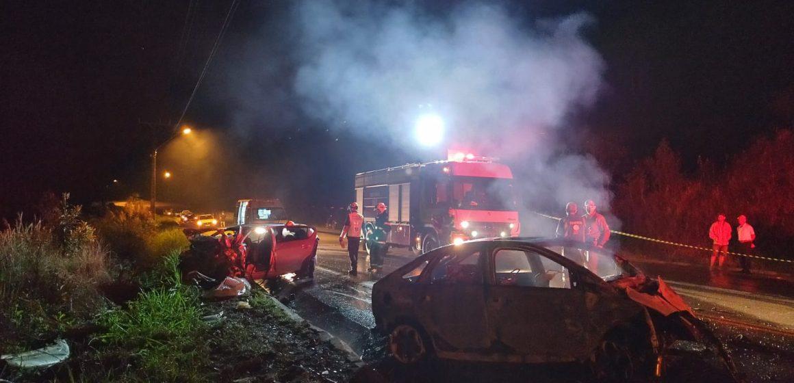 Três pessoas morrem e bebê é encaminhado para atendimento, em acidente de trânsito em Vidal Ramos