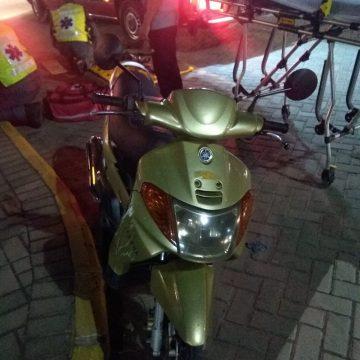 Jovem de 13 anos fica ferida em acidente entre carro e moto, em Taió