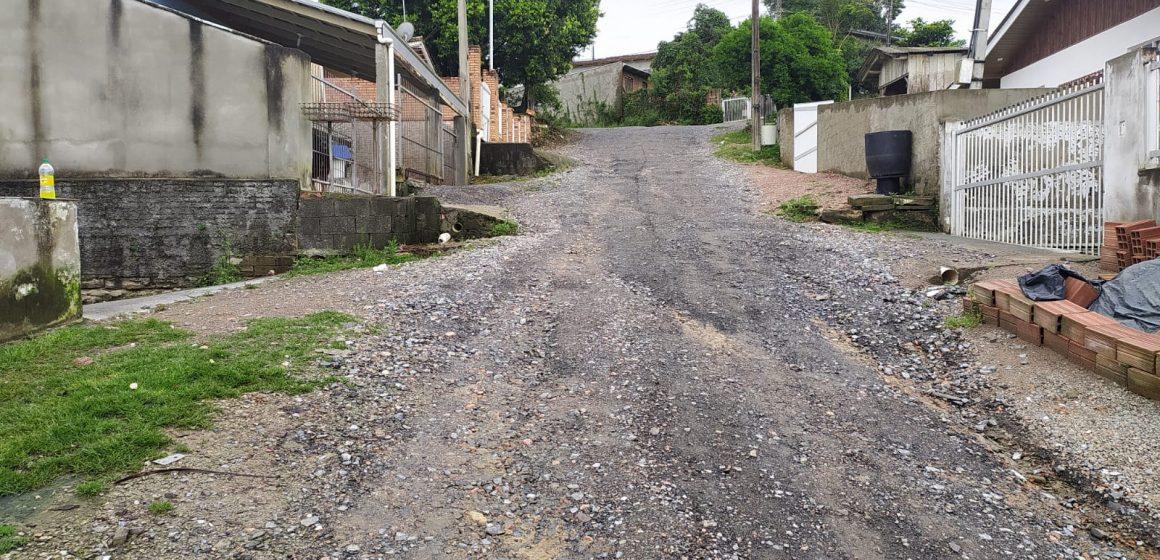 Tempo instável impacta no atendimento das demandas recebidas pela secretaria de obras de Rio do Sul